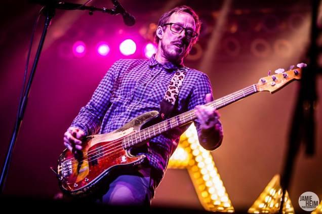 Weezer 09 © 2013 Jamie Heim