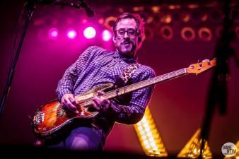 Weezer 45 © 2013 Jamie Heim