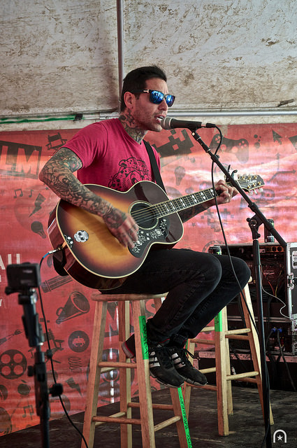 Mike Herrera - Acoustic ©2014 Henry Chung 02