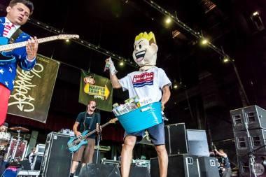 Less Than Jake - Warped Tour_Camden.NJ ©2016 Jamie Heim 31
